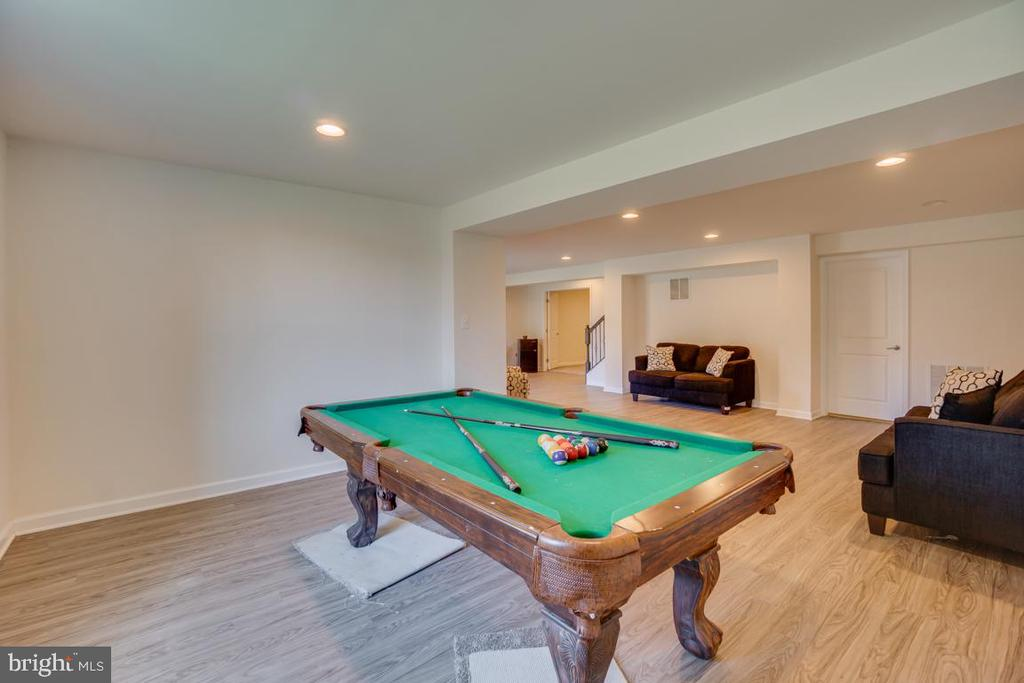 Lower level recreation room - 15 LIBERTY KNOLLS DR, STAFFORD