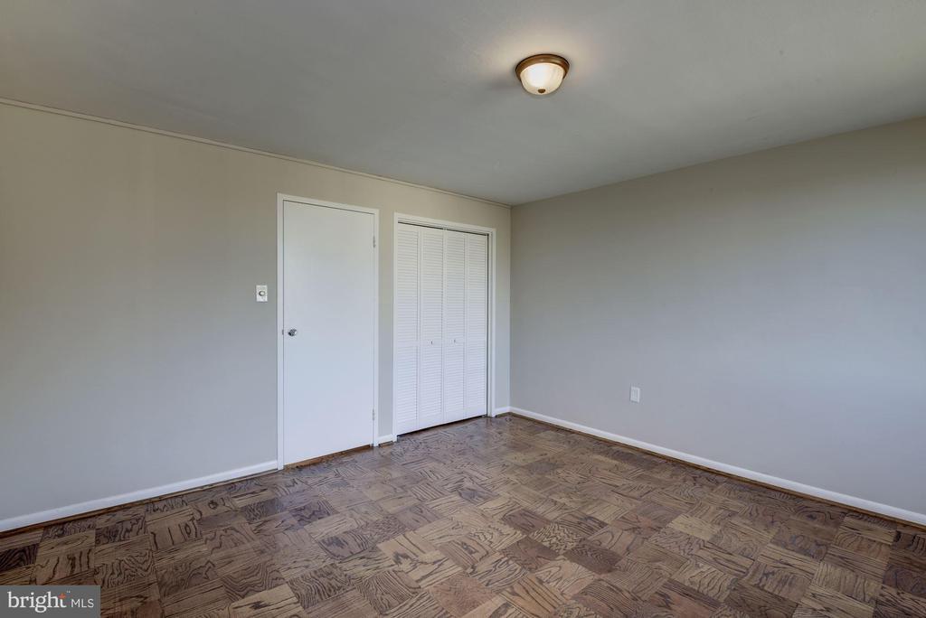 bedroom one - 10201 GROSVENOR PL #1510, ROCKVILLE