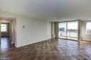 large living room - 10201 GROSVENOR PL #1510, ROCKVILLE