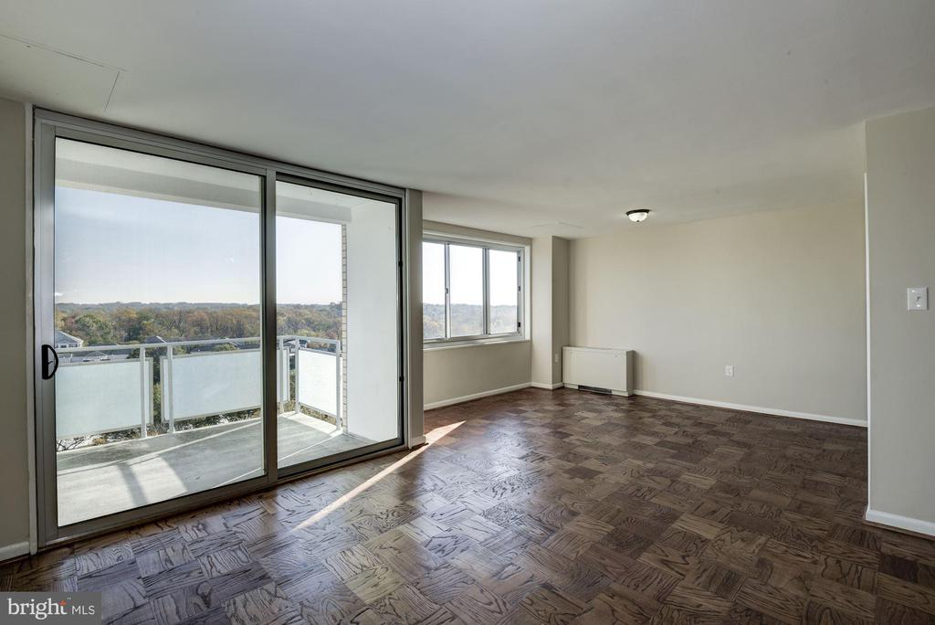 updated sliding glass doors to balcony - 10201 GROSVENOR PL #1510, ROCKVILLE