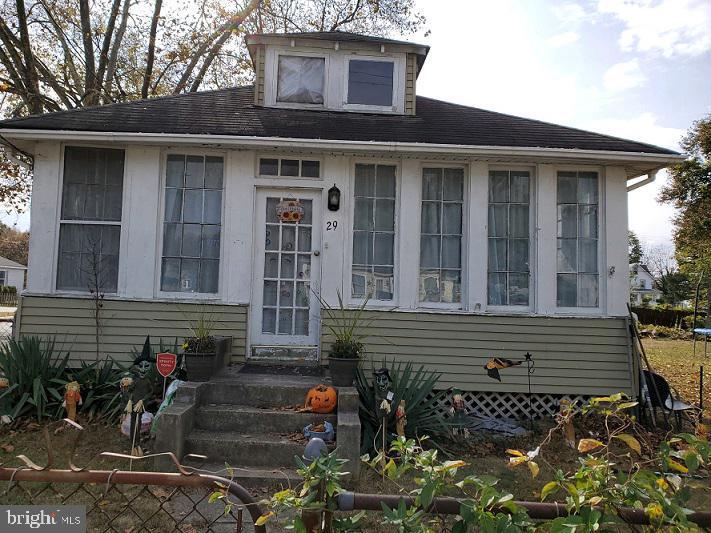 Single Family Homes vì Bán tại Deepwater, New Jersey 08023 Hoa Kỳ