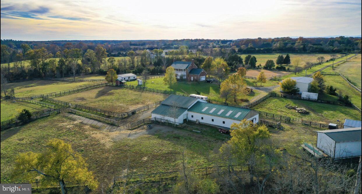 Single Family Homes 為 出售 在 Calverton, 弗吉尼亞州 20138 美國