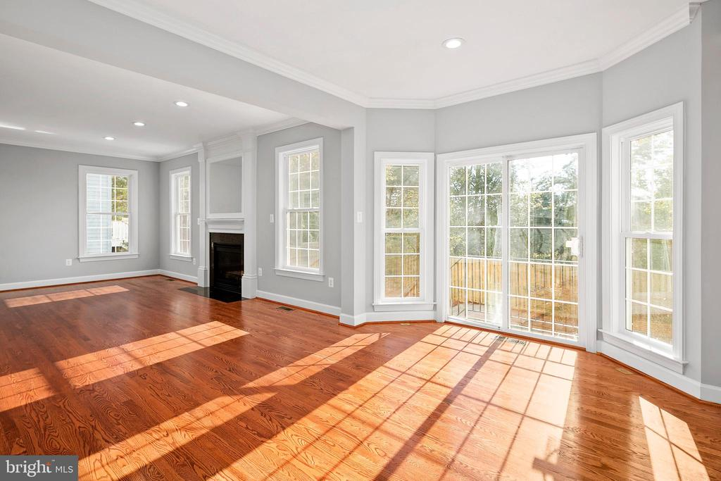 - 14531 OLD MILL RD, CENTREVILLE