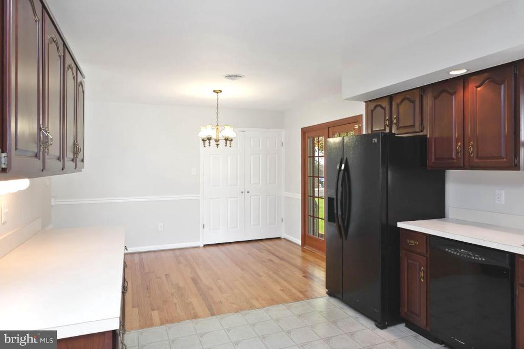 Washer & dryer located behind doors in dining room - 211 YOUNG AVE, BOONSBORO
