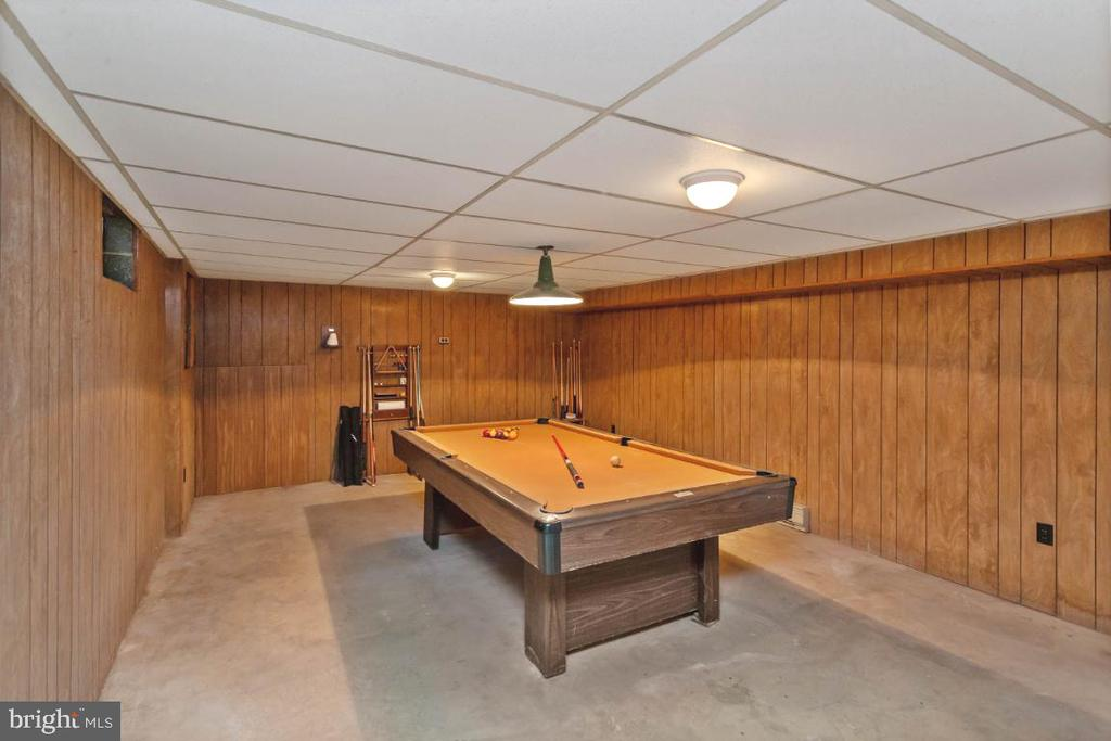 Add carpet & you have instant basement rec room - 211 YOUNG AVE, BOONSBORO
