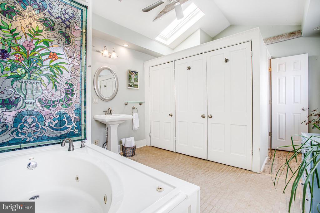 Master bath with hidden back stairs - 232 PRINCESS ANNE ST, FREDERICKSBURG