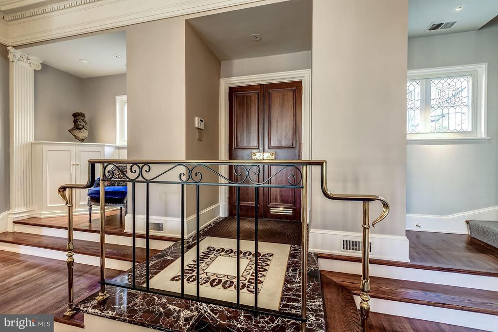 Stunning Marble Foyer - 2130 BANCROFT PL NW, WASHINGTON