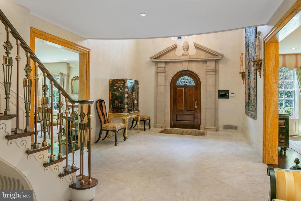 Entry Foyer - 3005 45TH ST NW, WASHINGTON