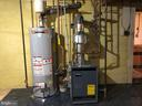 Gas water heater (2014) and boiler baseboard heat - 3608 UNIVERSITY DR, FAIRFAX