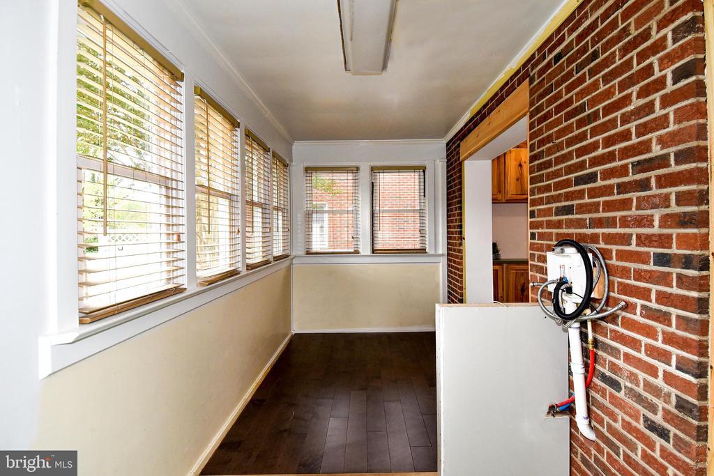Sun Room - 106 VALLEY VIEW PL, FREDERICKSBURG