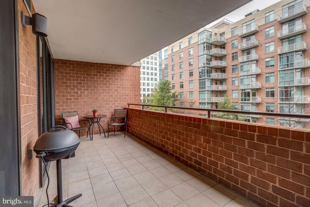 Ample  Balcony,  perfect for entertainment. - 1001 RANDOLPH ST #406, ARLINGTON