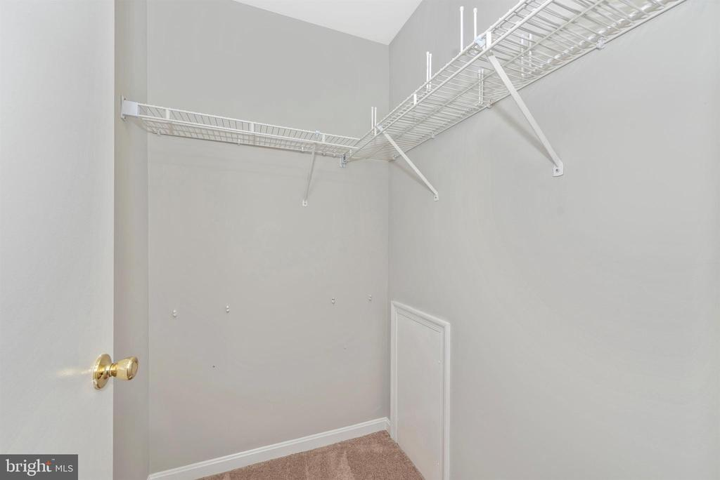Master Walk In Closet - 2631 N EVERLY DR #412, FREDERICK