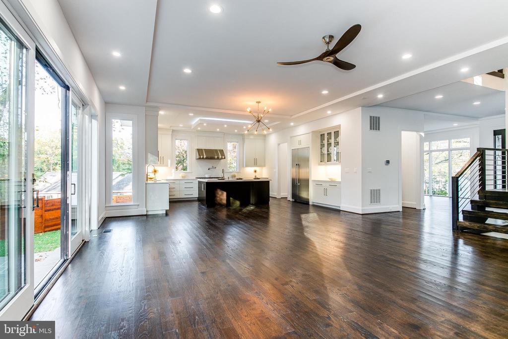 Gorgeous Open Floor Plan - 4647 38TH PL N, ARLINGTON