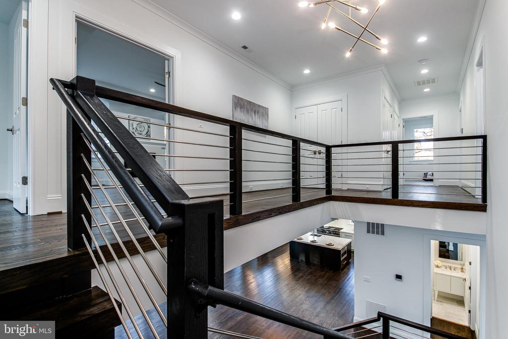 Upper Level Hallway Has Ample Storage Closets - 4647 38TH PL N, ARLINGTON