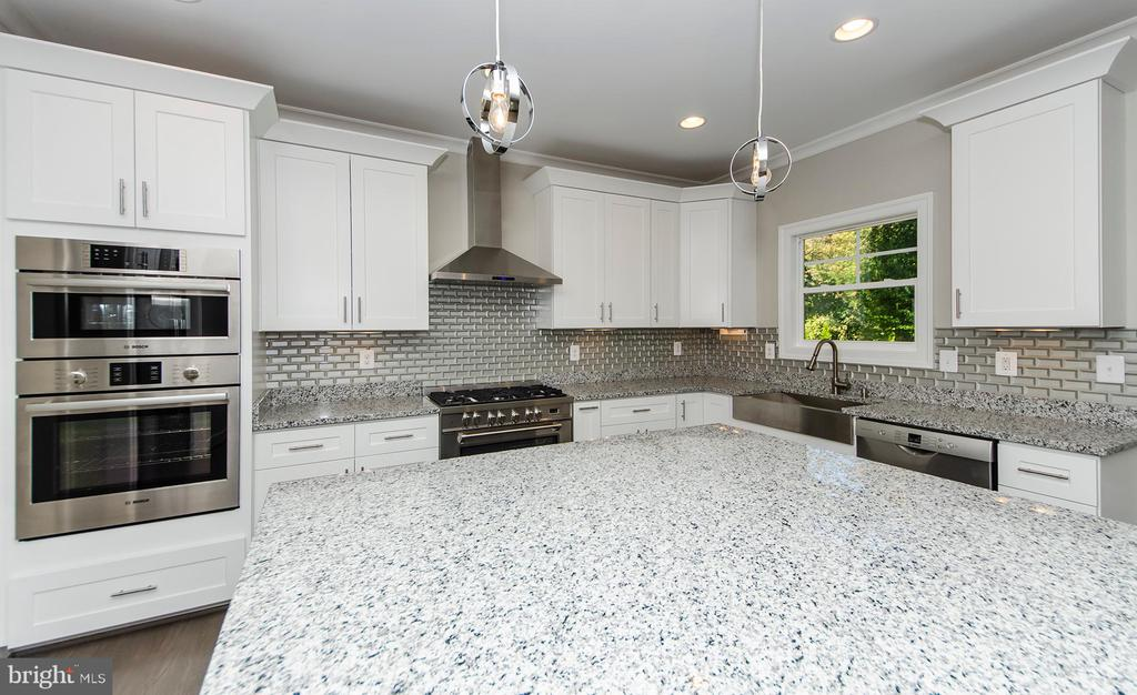 Kitchen - (photo: similar Model - Sold Home!) - 2013 STORM DR, FALLS CHURCH