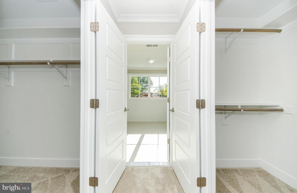 Walk-in Closets(photo: similar Model - Sold Home!) - 2013 STORM DR, FALLS CHURCH