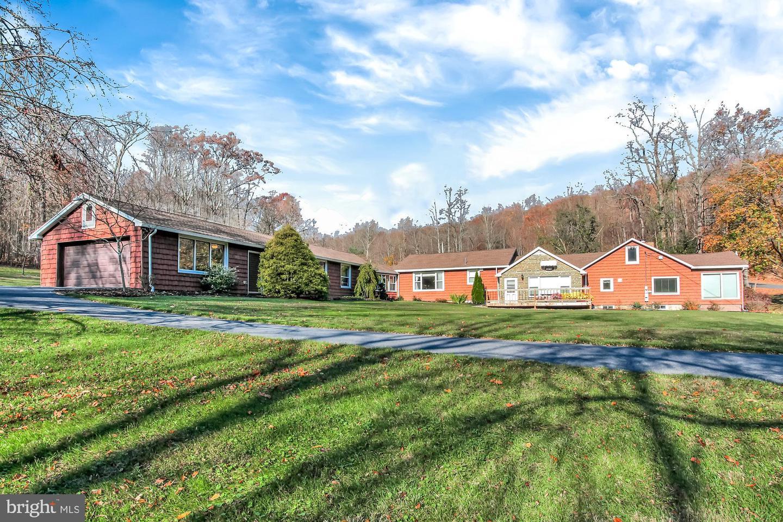 Single Family Homes للـ Sale في Duncannon, Pennsylvania 17020 United States