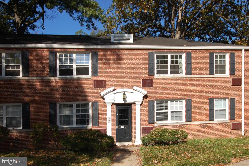 4315 2nd Rd N #2 - Arlington Oaks Condo - 4315 2ND RD N #43152, ARLINGTON