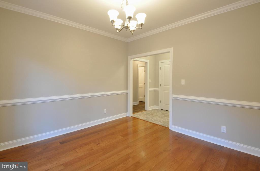 DINING ROOM - 1104 LAKEVIEW PKWY, LOCUST GROVE