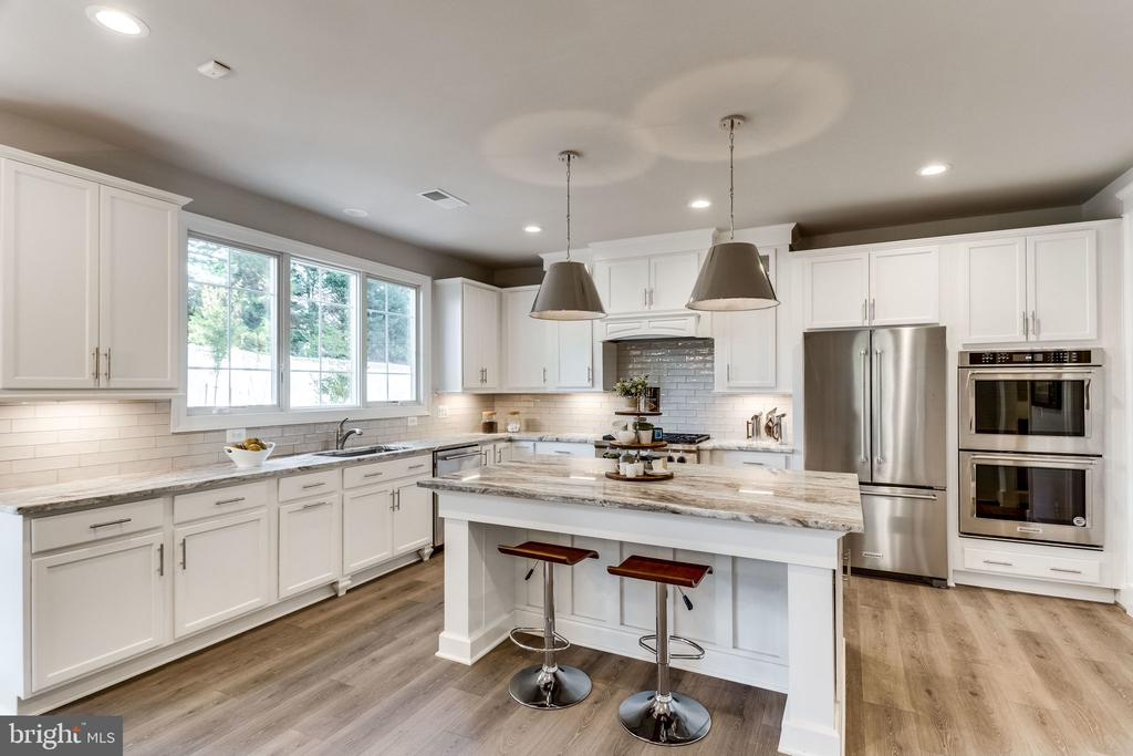 GOURMET KITCHEN/ - 6593 WILLIAMSBURG BLVD, ARLINGTON