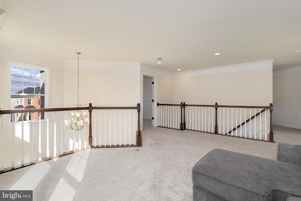 - 21176 WALKLEY HILL PL, ASHBURN