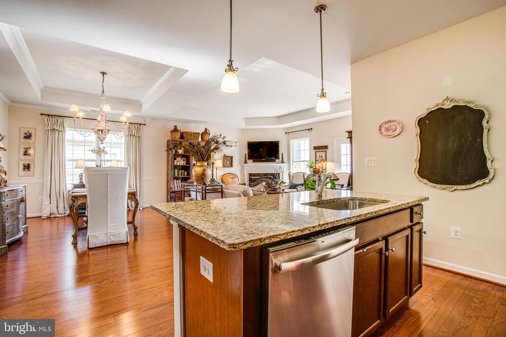 Stainless appliances - 9808 BALLS BLUFF DR, FREDERICKSBURG