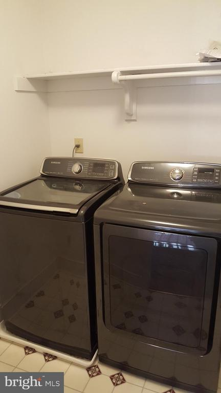 Washer and dryer convey - 11801 DUCK CIR, SPOTSYLVANIA