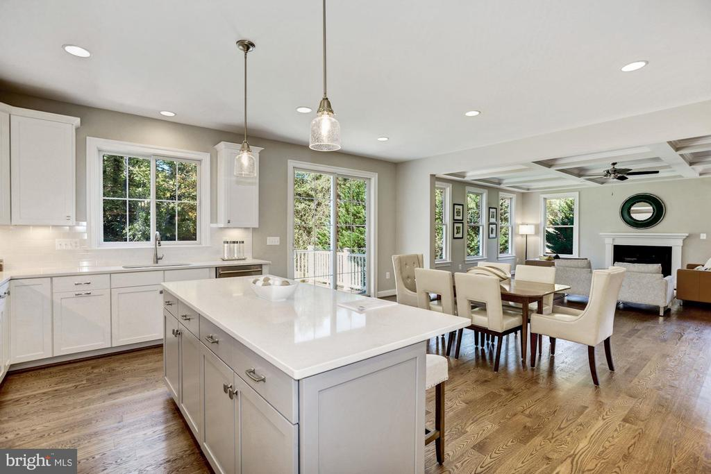 Kitchen with Quartz countertops - 4339 26TH ST N, ARLINGTON