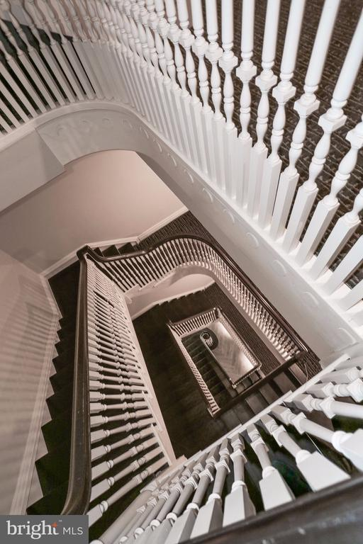 Choose taking the elevator or the grand stairwell - 1745 N ST NW #410, WASHINGTON