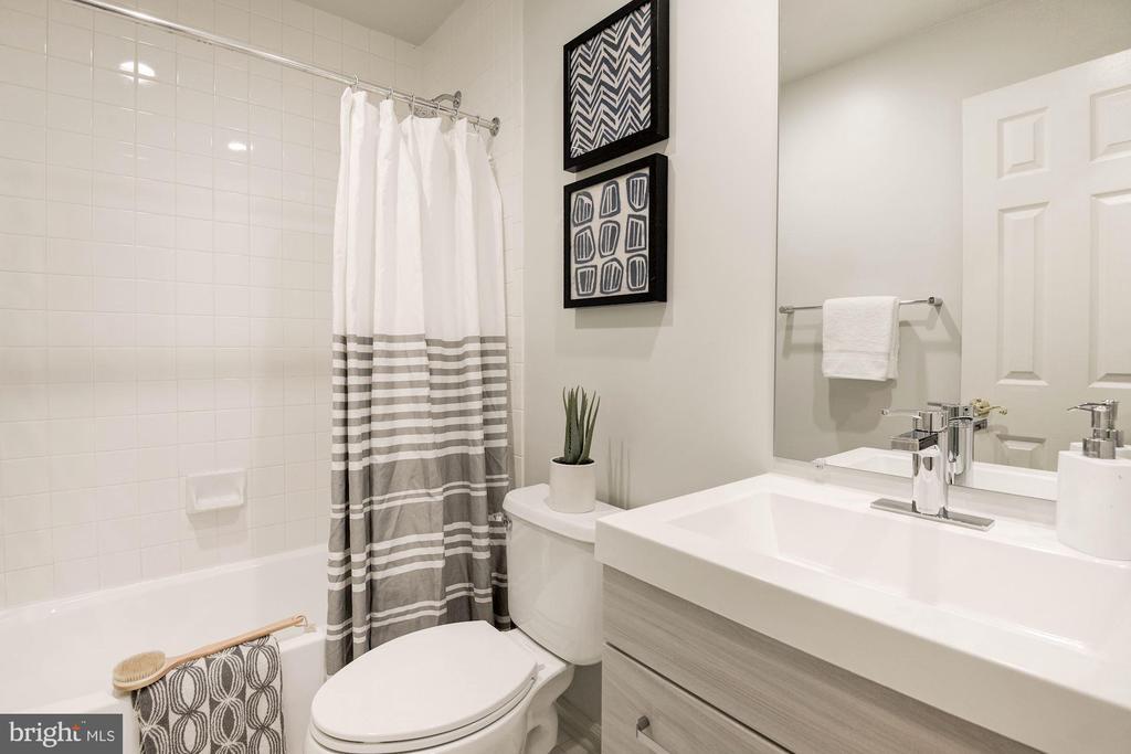 Second Bath - 1733 22ND CT N, ARLINGTON