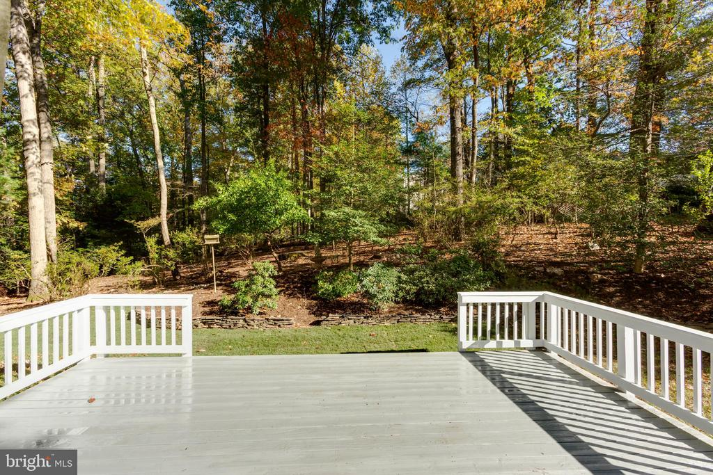 Lovely views ideal for relaxation. - 8928 MAURICE LN, ANNANDALE