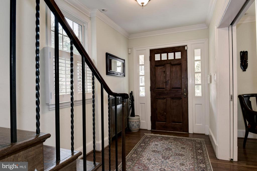 Foyer - 1744 TAYLOR ST NW, WASHINGTON