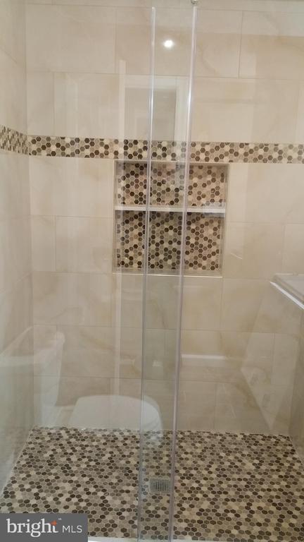 Master Bath - 12519 PURCELL RD, MANASSAS