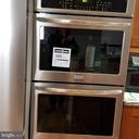 New Stainless Steel Wall Double Oven - 12519 PURCELL RD, MANASSAS