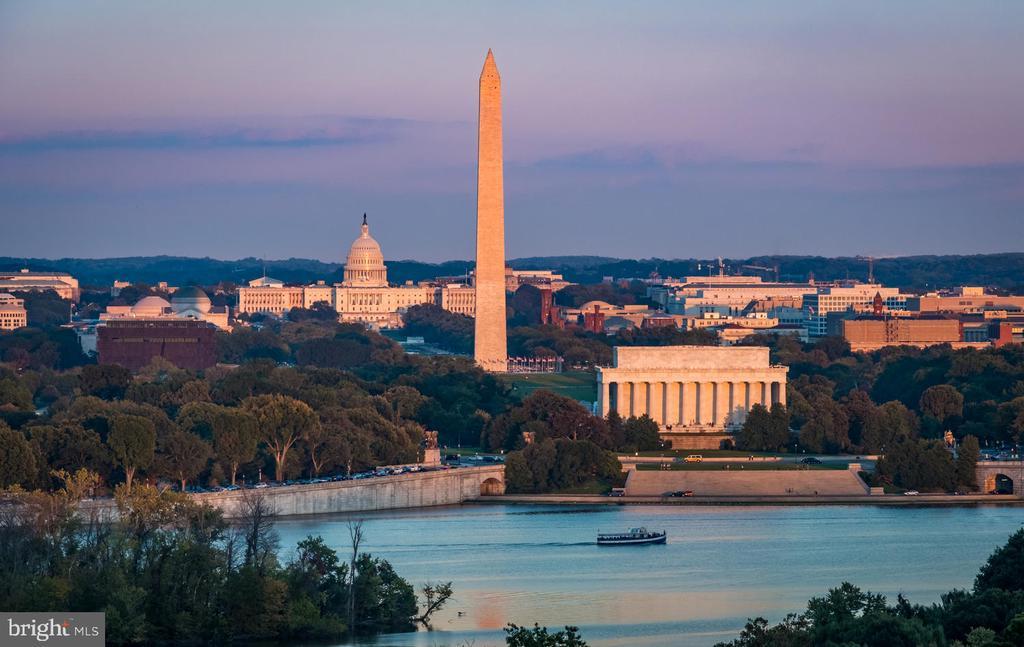 Washington Monuments - 1335 14TH ST N, ARLINGTON