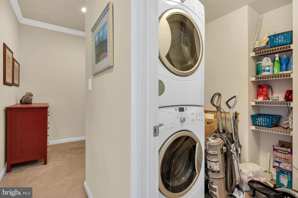 Bedroom level laundry and storage - 21618 ROMANS DR, ASHBURN