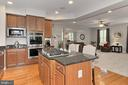 Dble Wall Ovens and Separate Microwave - 23082 BRONSTEIN LN, BRAMBLETON