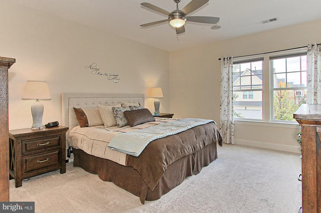 Owners Suite Feature 2 Large Walk-In Closets - 23082 BRONSTEIN LN, BRAMBLETON