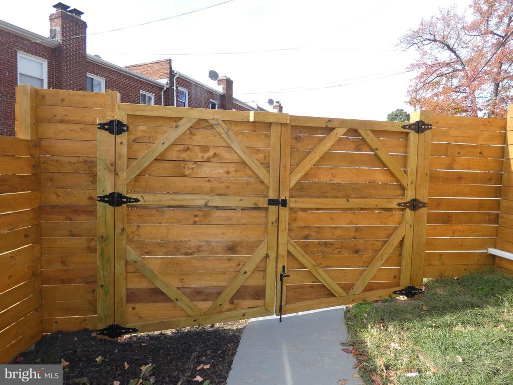 House rear, view 6, gate to alley - 2310 14TH ST NE, WASHINGTON