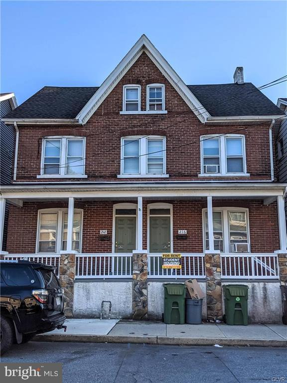 Duplex Homes vì Bán tại Bethlehem, Pennsylvania 18015 Hoa Kỳ