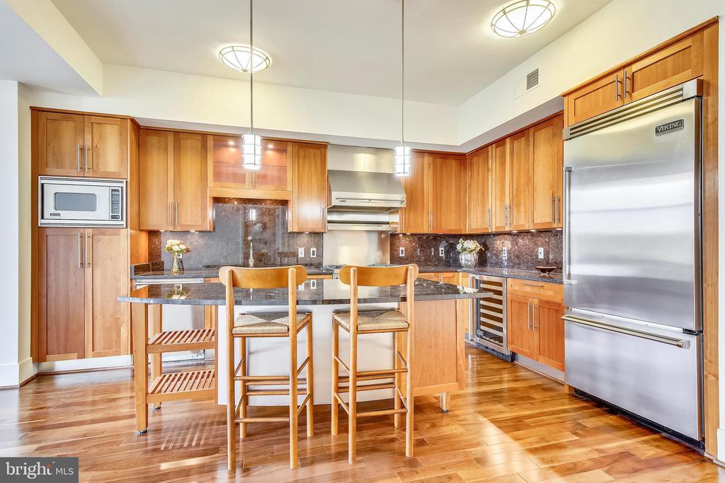 Viking Appliances - 4301 MILITARY RD NW #PH5, WASHINGTON