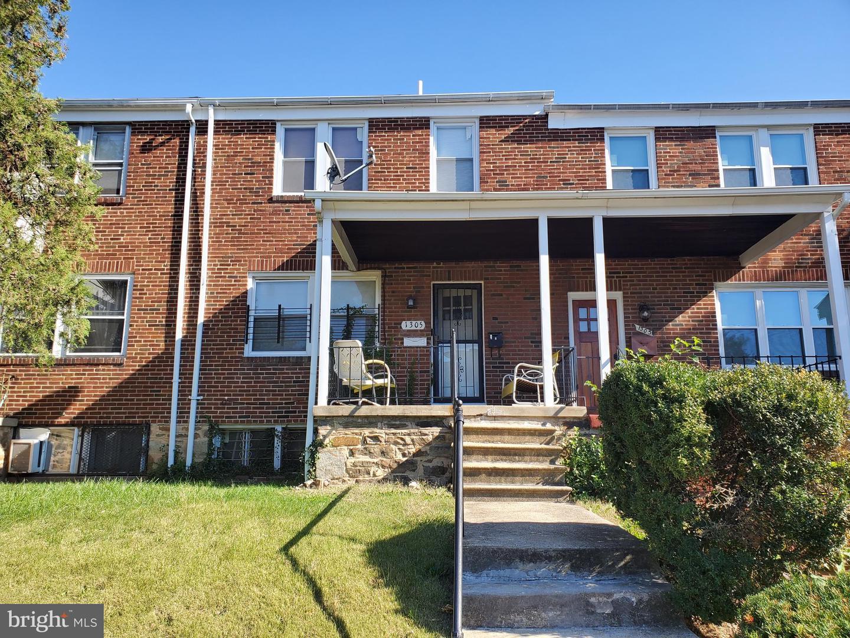 Duplex Homes für Verkauf beim Baltimore, Maryland 21213 Vereinigte Staaten