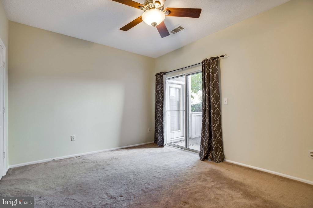 Another view - 6011 ROSEBUD LN #101, CENTREVILLE