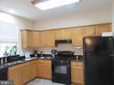 Beautiful matching kitchen! - 9315 PAUL DR, MANASSAS PARK