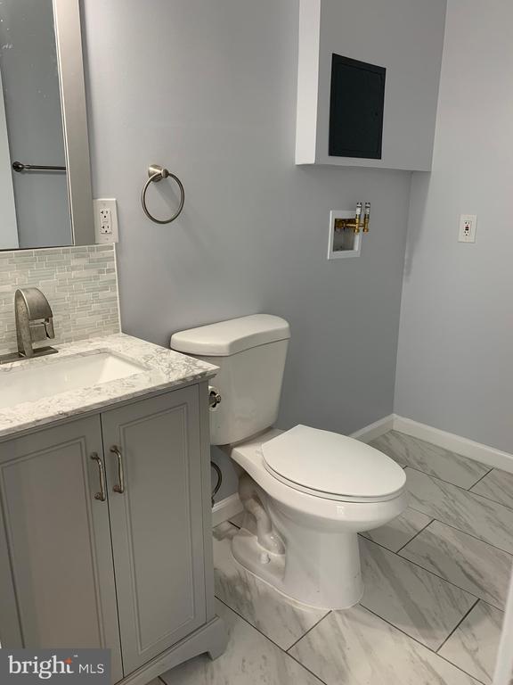 Half bath lower level - 323 WOLFE ST, FREDERICKSBURG