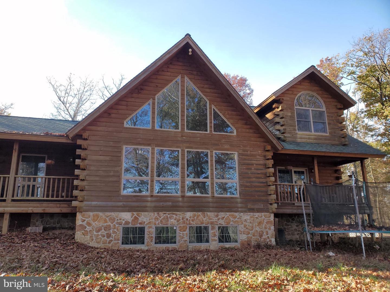 Single Family Homes για την Πώληση στο Red Lion, Πενσιλβανια 17356 Ηνωμένες Πολιτείες