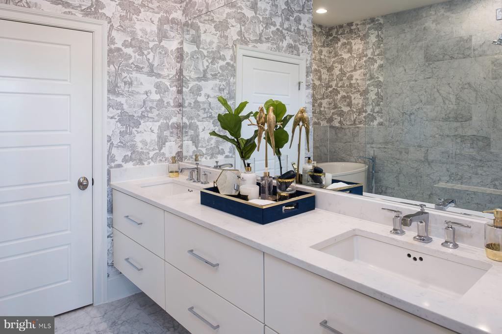 Owner's bath - 44663 PROVINCETOWN DR, ASHBURN