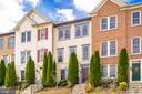 - 191 GREAT LAUREL SQ SE, LEESBURG