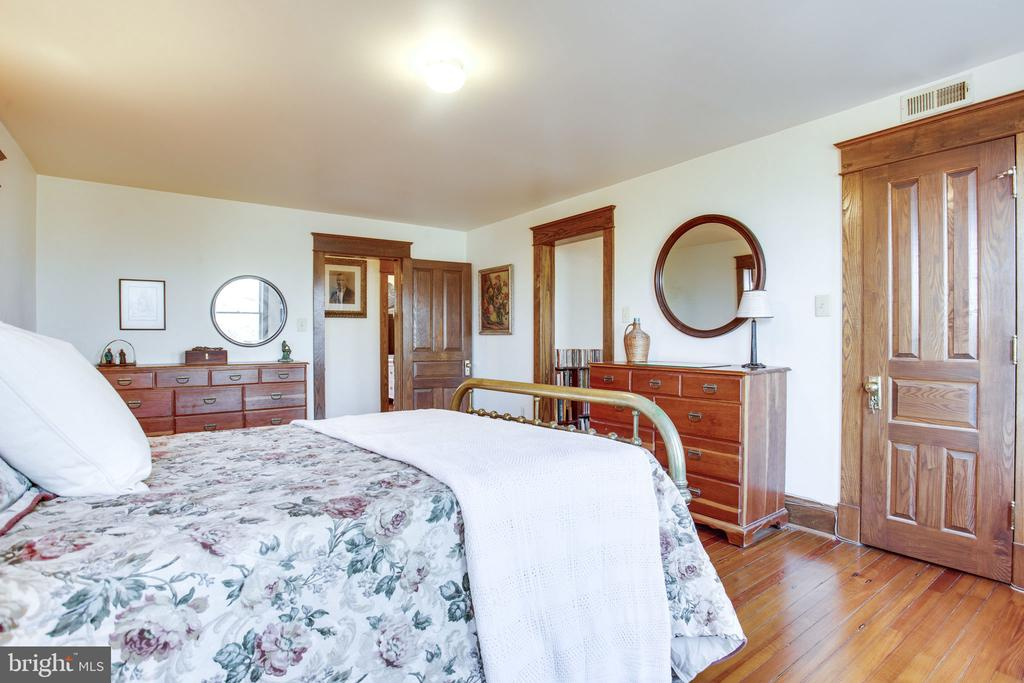 Master Bedroom - 6317 JEFFERSON BLVD, FREDERICK
