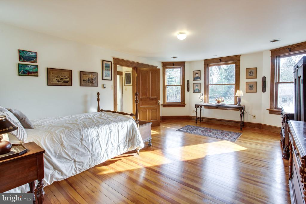 Third Bedroom - 6317 JEFFERSON BLVD, FREDERICK